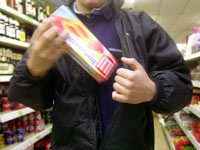 shoplifter003